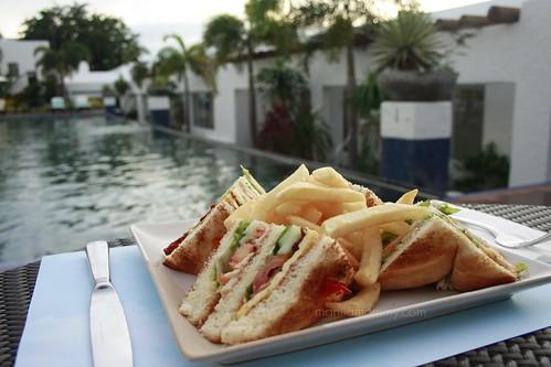 Bellarocca clubhouse sandwich