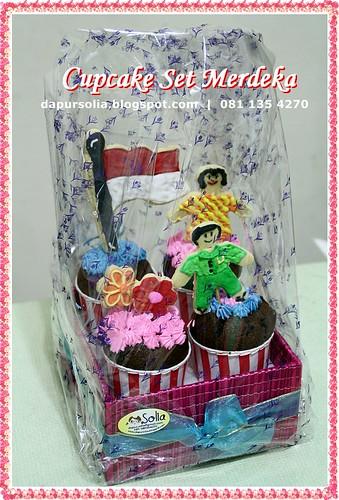 Merdeka Cupcake Set
