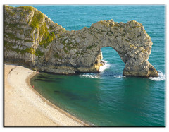 "Green sea at ""The Door"" (Linda Cronin) Tags: sea green beach water beautiful coast rocks view landmark shore dorset lulworth durdledoor jurassiccoast westlulworth 15challengeswinner friendlychallenges"