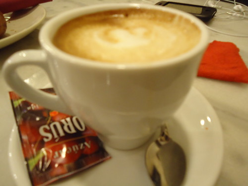 Zaragoza | Bocatelia | Café con leche