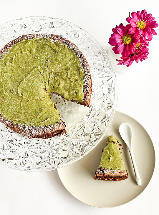 flourless_chocolate_greentea_cake-2