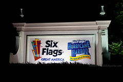 Six Flags Great America entrance sign (ezeiza) Tags: park night america amusement illinois great grand flags il theme amusementpark sixflags avenue six greatamerica themepark sixflagsgreatamerica gurnee hurricaneharbor waterparkhurricaneharborwaterparkentrancesigngrand hurricaneharborwaterpark