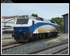 Debut en la subserie 400 (Adry440) Tags: espaa train tren trenes spain diesel trains galicia grandes 333 prima fc base ferrocarriles ferrocarril renfe depsito acorua lneas adif ffcc 333405 13082011