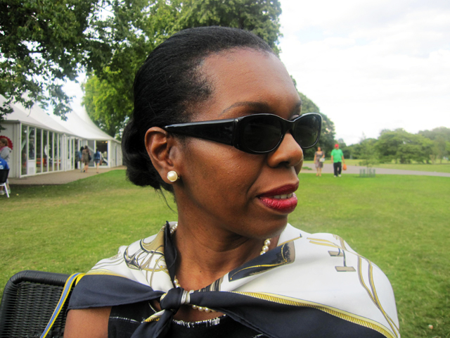 mum in sunglasses