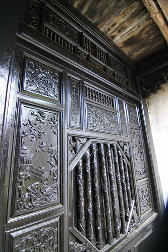 Quan Thang House, exquisite woodworks