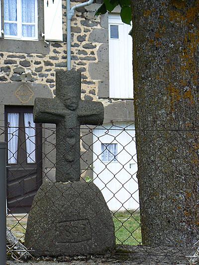 croix seriers2.jpg