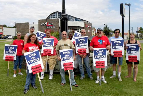 Local 6016 - Verizon picket