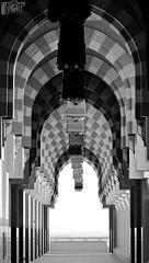Abstraction > مسجد محافظة عيون الجوا