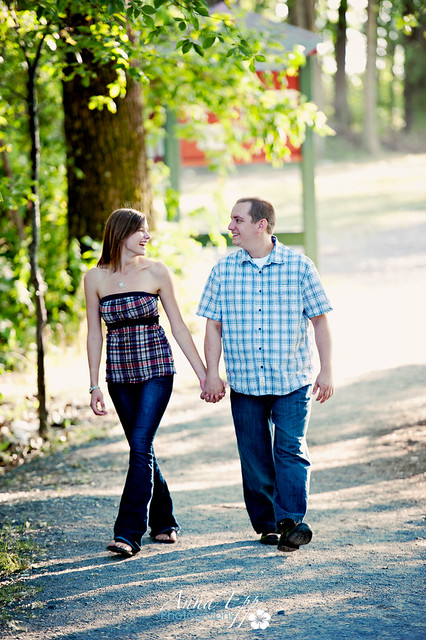 Couples Shoot at Petrie Island-4.jpg