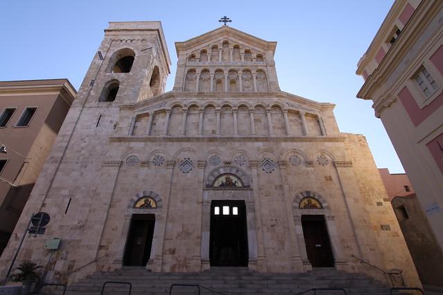 Cattedrale di Santa Maria in Cagliari's Il Castello citadel...
