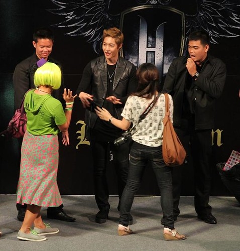 Kim Hyun Joong High Five Fanmeet in Thailand [110823]