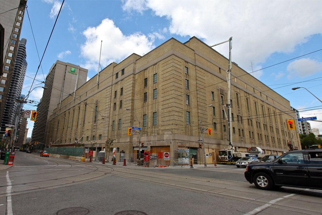Maple Leaf Gardens Reconstruction