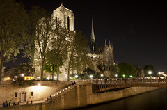 Notre Dame at night 1 (Anders_3) Tags: paris france night river cathedral gothic notredame notredamedeparis theseine ledelacit laseine cathdralenotredamedeparis pontaudouble fourtharrondissement