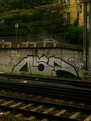 Lyon ... VF ... (OneDjiP) Tags: silver graffiti lyon fotolog chrome vf sncf throwup osp partdieu