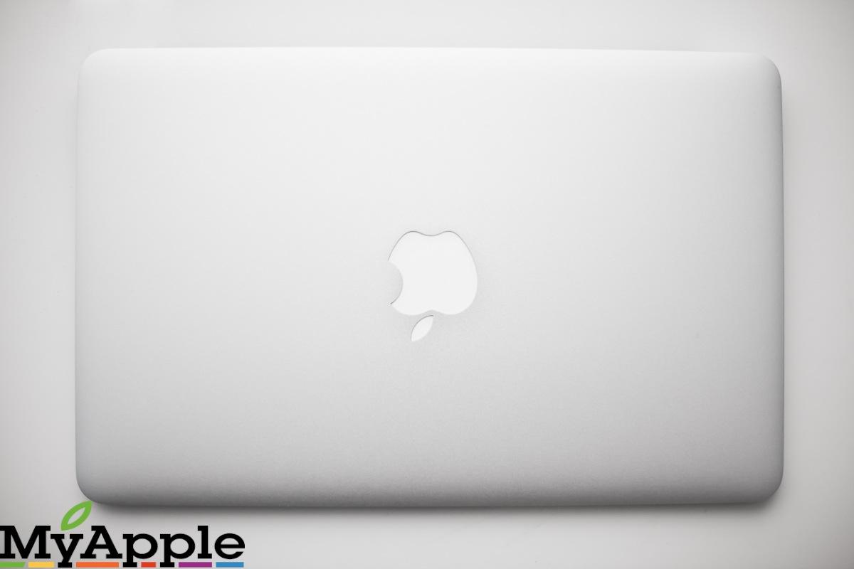 16a496c6ec35 MacBook Air 11
