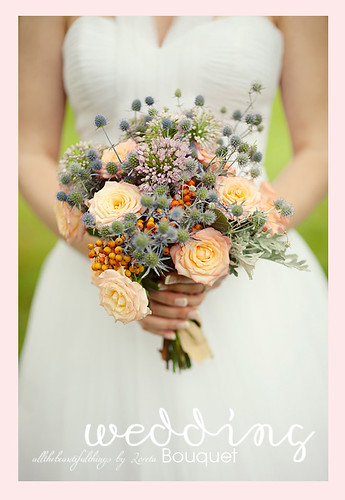 Beautiful wedding bouquet found in one of the most inspiring blogs i know