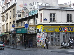 Space Invader PA_743 : Paris 10eme (deleted) (tofz4u) Tags: street people streetart paris sign shop tile graffiti magasin mosaic tag spaceinvader spaceinvaders deleted invader rue panneau rubikscube rubrikscube mosaïque artderue 75010 rubikscubism sensinterdit botique rubikcubisme desactivated pa743