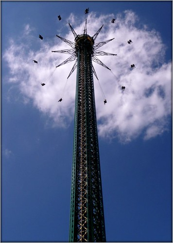 Kissing the Clouds in Vienna's Prater by Ginas Pics