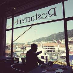 Tea Please (chuddlesworth) Tags: silhouette norway nikon drinking tokina bergen f28 1116mm d7000 indru