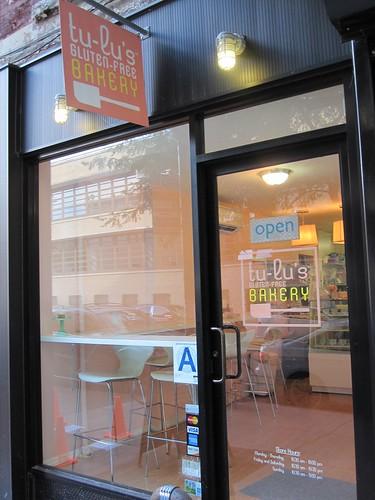 Tu-Lu's store front