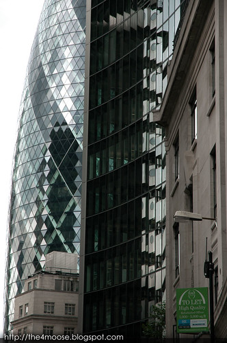 London - Swiss Re Building