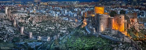 Alcazaba de Almería y Muralla de Jairan por dleiva