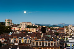 Lever de lune... Moonrise in Lausanne (DeGust) Tags: city light moon night lune landscape schweiz switzerland nikon suisse lausanne svizzera paysage nuit nocturne ville lumires vaud romandie d700 nikkor2470mmf28 gustavedeghilage