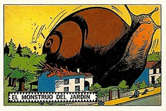 El monstruo del jardin (arthurvankruining) Tags: monster attack snail terror argentinian catastrophy flyingsaucers