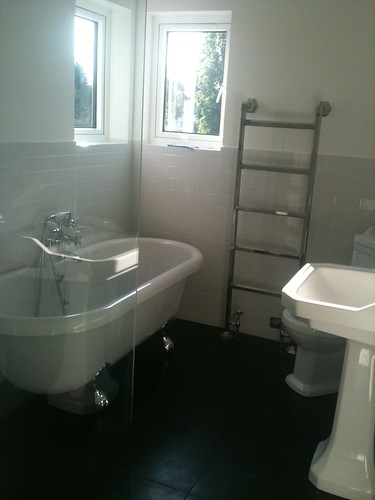 en suite finished by sashinka-uk