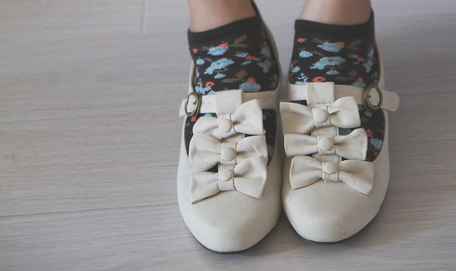 Cream Bow Shoes with H&M Floral Socks