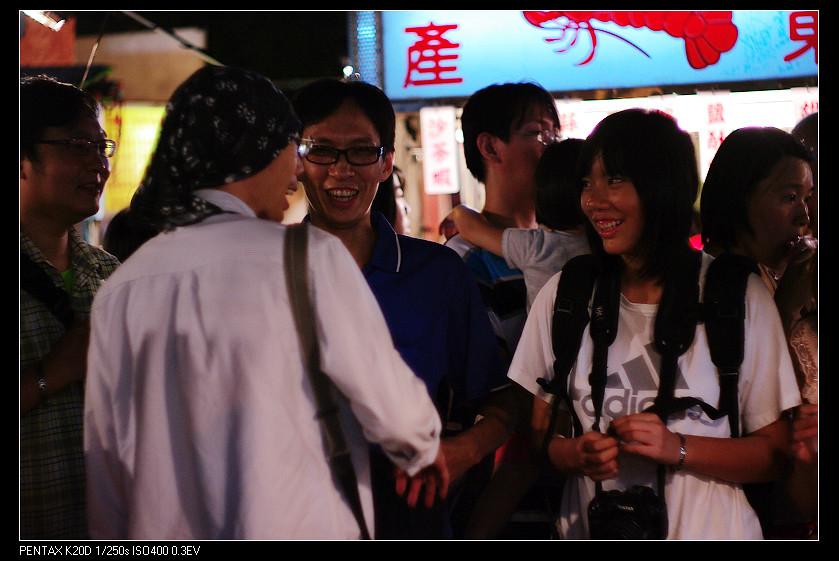 2011/08/12 鳳凰之瞳 Topcon 58mm f1.4 中壢新明夜市!