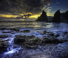 Rialto Beach Tide Pool at Sunset (bern.harrison) Tags: sunset landscape scenic shore olympicnationalpark rialtobeach greatphotographers rockpaper vertorama greaterphotographers greatestphotographers pipexcellence flickrstruereflection1 flickrstruereflection2 flickrstruereflection3 flickrstruereflection4 flickrstruereflection5 flickrstruereflection6 flickrstruereflection7 flickrstruereflectionexcellence