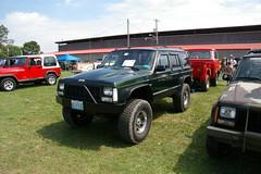 Jeep Cherokee - XJ (geepstir) Tags: pictures jeep photos pennsylvania pa photographs butler captures bantam bantamjeep bantamjeepfestival bantamjeepheritagefestival