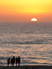 Porto Covo (Pere B.B.) Tags: sunset sea beach portugal mar playa puesta platja posta portocovo