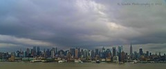 Manhattan viewed from Harlem (Rafael Llesta) Tags: panorama usa newyork manhattan borderfx canoneos1000d