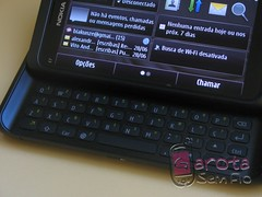 mobile nokia symbian smartphone e7 (Photo: Garota Sem Fio on Flickr)