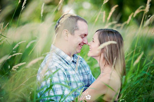 Couples Shoot at Petrie Island-7.jpg
