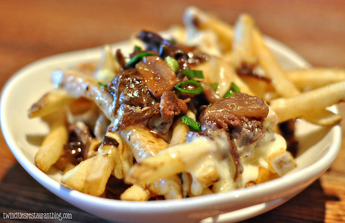 Disco Fries aka Poutine at Houlihan's ~ Eagan, MN