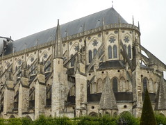 Chevet de la Cathédrale de Bourges - Cher (Philippe_28) Tags: france saint bourges cathedral cathédrale cher 18 etienne gothique