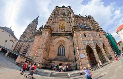 Saint Vitus Cathedral Prague by esquimo_2ooo