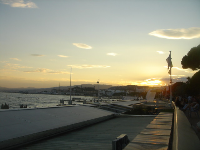 Sunset_in_Cannes
