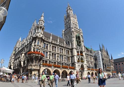 Munich - Rathaus with Glockenspiel