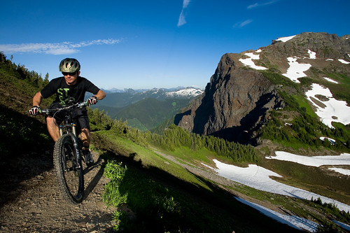 Mt Cheam, Mercer, Thurston, Elk mountain bike traverse Aug 26,27 2011   -2