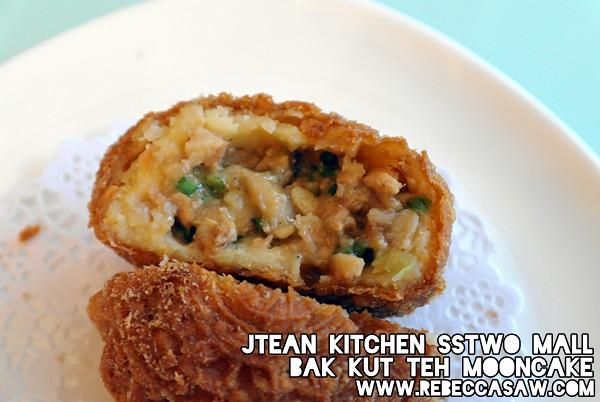 Jtean kitchen sstwomall - bak kut teh mooncake-1