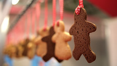 Hang them for justice (Swamibu) Tags: man men point chocolate gingerbread vanishing