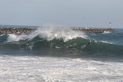 Wedge_Newport-Beach_big-waves_Sep-2011_IMG_1933 (Daniel Pettit) Tags: surfing stormsurge boogieboard bigwaves bodysurfing bigsurf wedgenewportbeach