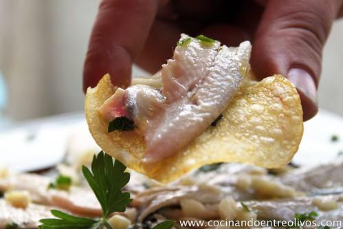 Boquerones en vinagre paso a paso. www.cocinandoentreolivos (16)