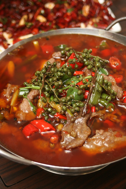 "哑巴牛肉 ""Mute"" beef - so hot it will mute you!"