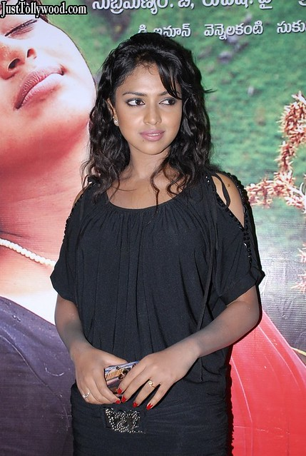 Amala-Paul-At-Prema-Khaidi-Movie-Pressmeet_43