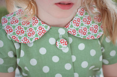 spots dots (Le Fabuleux Destin d'Amlie) Tags: portrait green girl kids four spring afternoon child dress pentax canterbury september spots rv dots forme k5 43mm theemperorslaundry gettyimagesportraits